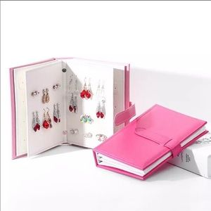 Jewelry Organizer - Binder. Great for travel